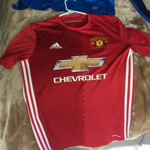 Manchester United Jersey (nothing on back)